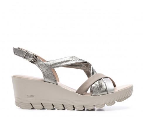 MujerLa Pies En Zapatos 24hrs Comodidad Tus Para De Cómodo Está rBexoCdW