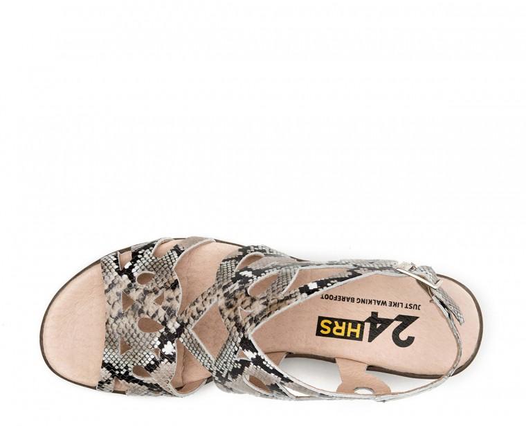 Sandalia de piel acabado serpiente con cierre de hebilla