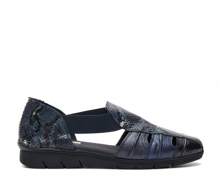 Sandalia de piel combinada con apertura lateral