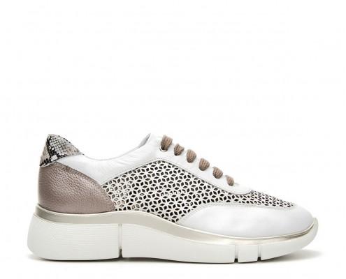 Sneaker de piel combinada y micro perforado