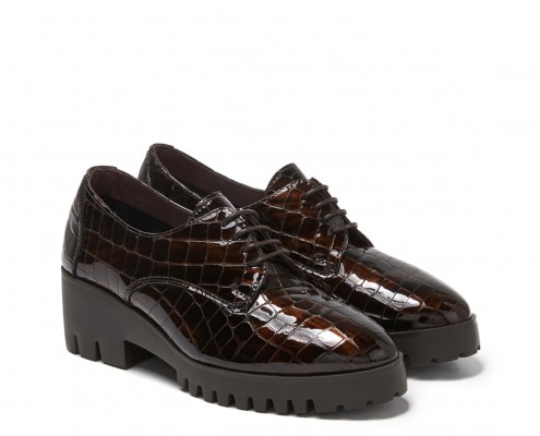 Blucher in patent leather coco with laces