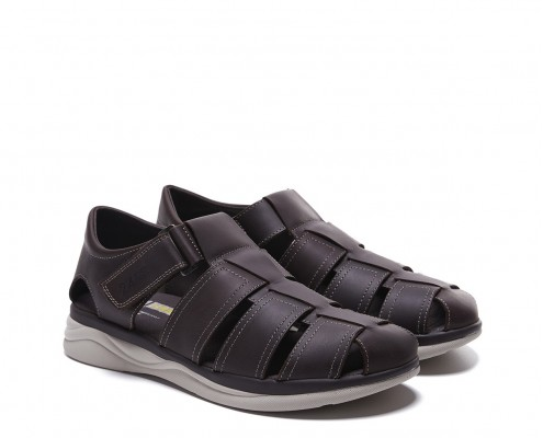 Leather sandal with velcro closure
